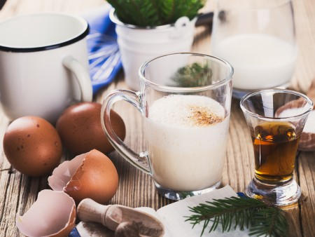 Chow Line Eggnog Safe To Drink If Pasteurized Or Cooked Cfaes