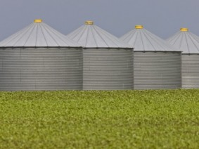 Grain bins. (Photo: Thinkstock)