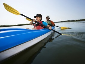 Picture of people kayaking