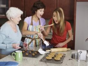 Caution: Eating raw flour can make you sick. Photo: Thinkstock