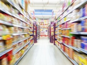 grocery aisle blurred image