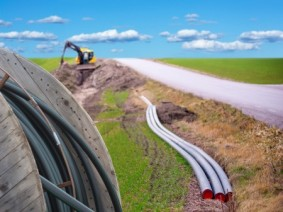 Digging for broadband. Photo: Thinkstock