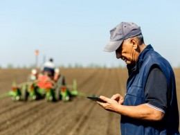 The price of fertilizer, energy, seed and other expenses are expected to go up in 2019 though income for Ohio farmers likely will not increase by much, if at all, a CFAES agricultural economist has projected. (Photo: Getty Images)