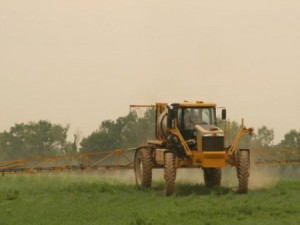 CFAES to offer fertilizer and pesticide training information during Farm Science Review. Photo: CFAES