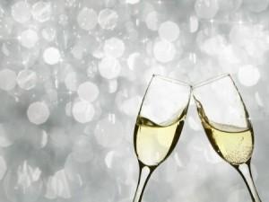 champagne glasses clinking