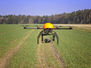 The use of unmanned aerial vehicles in agriculture is just one issue to be discussed during new law webinar series. (Photo: Thinkstock)