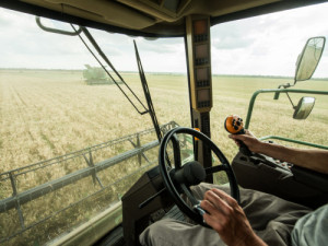 A class on exercises that can be done while sitting in a farm vehicle is among the offerings at the upcoming Farm Science Review. (Photo: Getty Images)